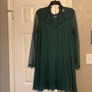 Green tunic shirt dress with mesh sleeve detail